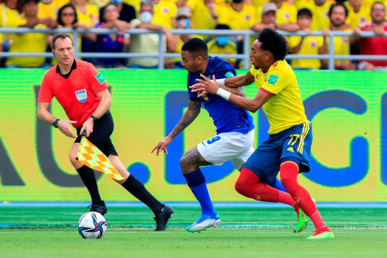 SEGUNDO TIEMPO: COLOMBIA 0-0 BRASIL   El Gráfico