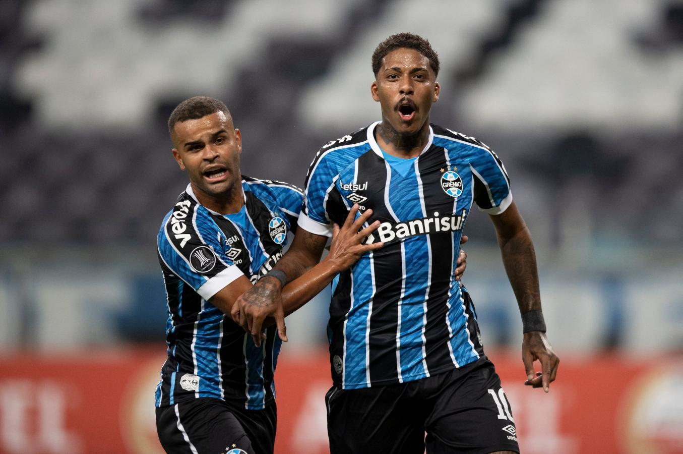 Jean Pyerre puso el 1-0 parcial y todo era alegría para Gremio. Sin embargo, no pudo sostener la ventaja y se quedó sin Libertadores. Foto: @Libertadores