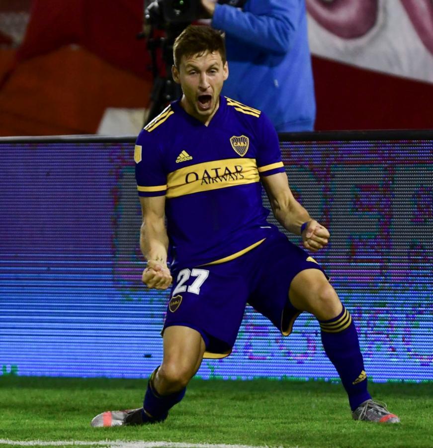 Un gol que vale tres puntos para Boca. Soldano está atravesando su mejor racha goleadora desde que llegó al club. Foto: Maximiliano Luna (Telam)