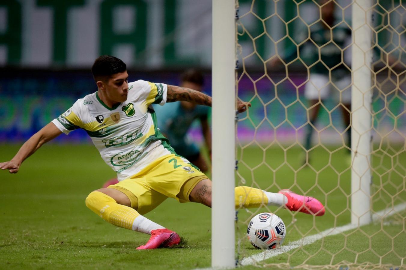 Marche un Telebeam. CONMEBOL