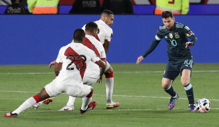 Imagen de MIRÁ LAS MEJORES FOTOS DE ARGENTINA VS. PERÚ