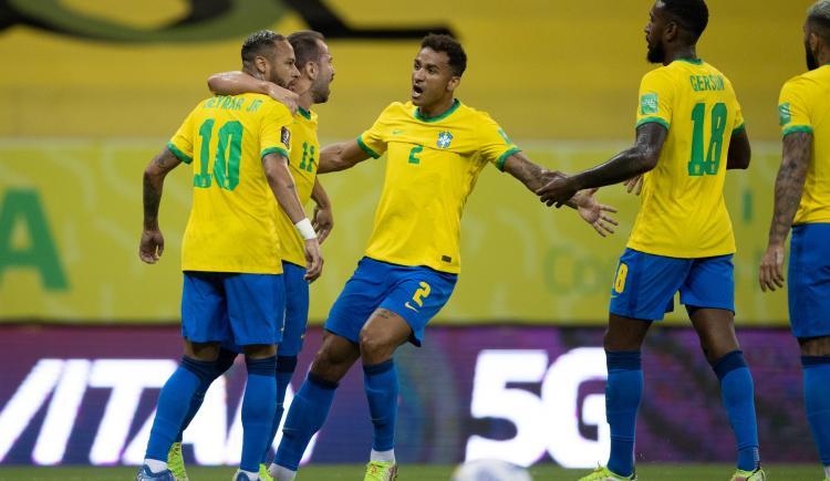 Imagen de MIRÁ EL RESUMEN DE BRASIL 2-0 PERÚ