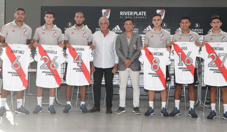 Imagen de RIVER PRESENTÓ A SUS 6 REFUERZOS